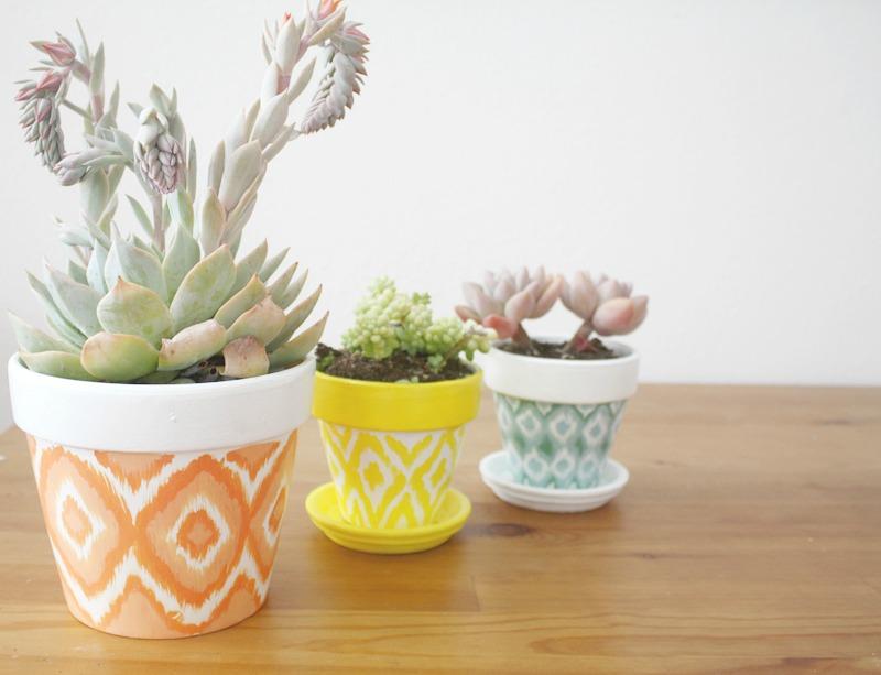 painting clay pots, paint pot, paint clay pots, paint a pot, painting terracotta pots, paint pots, painting on clay pots, how to paint a pot