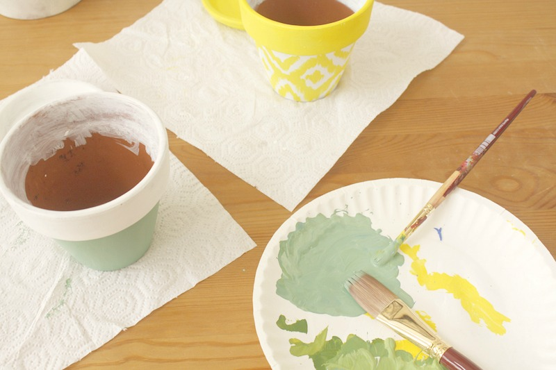 painting clay pots, paint pot, paint clay pots, paint a pot, painting terracotta pots, paint pots, painting on clay pots, how to paint a pot