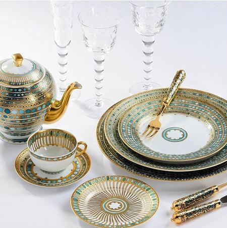 & 5 Unique Dinnerware Sets - Bohemian Kate